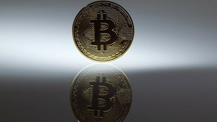 bitcoin įspėja kraking crypticurrency mainai