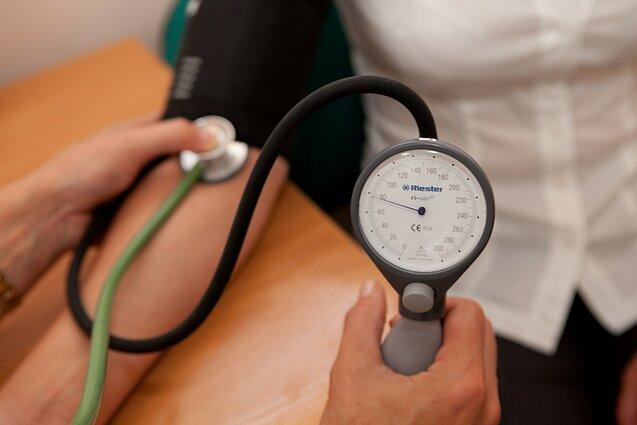 sveiko žmogaus hipertenzija