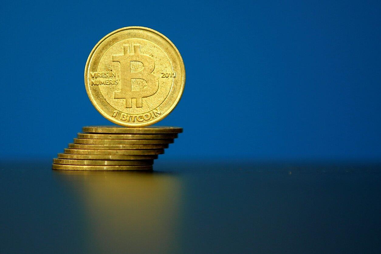 bitcoin btcs bitcoin prekyba mumbajuje