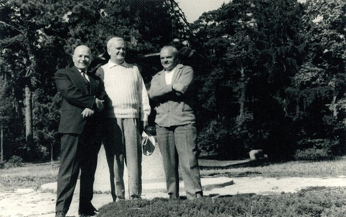 Juozas Baltušis, Antanas Venclova, Augustinas Gricius Palangoje 1964 m.