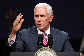 JAV viceprezidentas Mike`as Pence`as