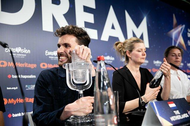 """""""Euroviziją"""" laimėjo Nyderlandų atstovas Duncanas Laurence'as"""