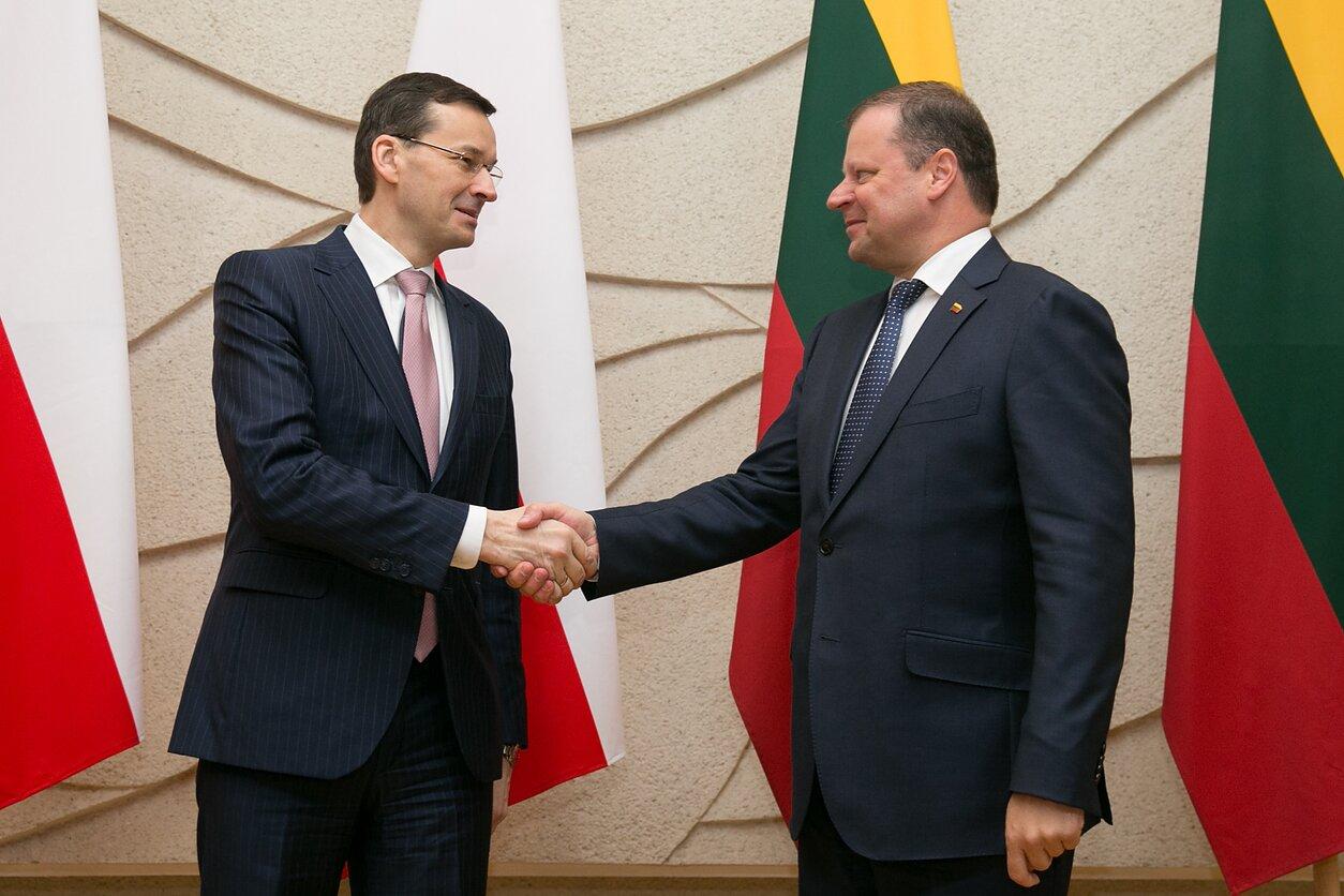 Lenkijos premjeras Mateuszas Morawieckis ir Lietuvos premjeras Saulius Skvernelis