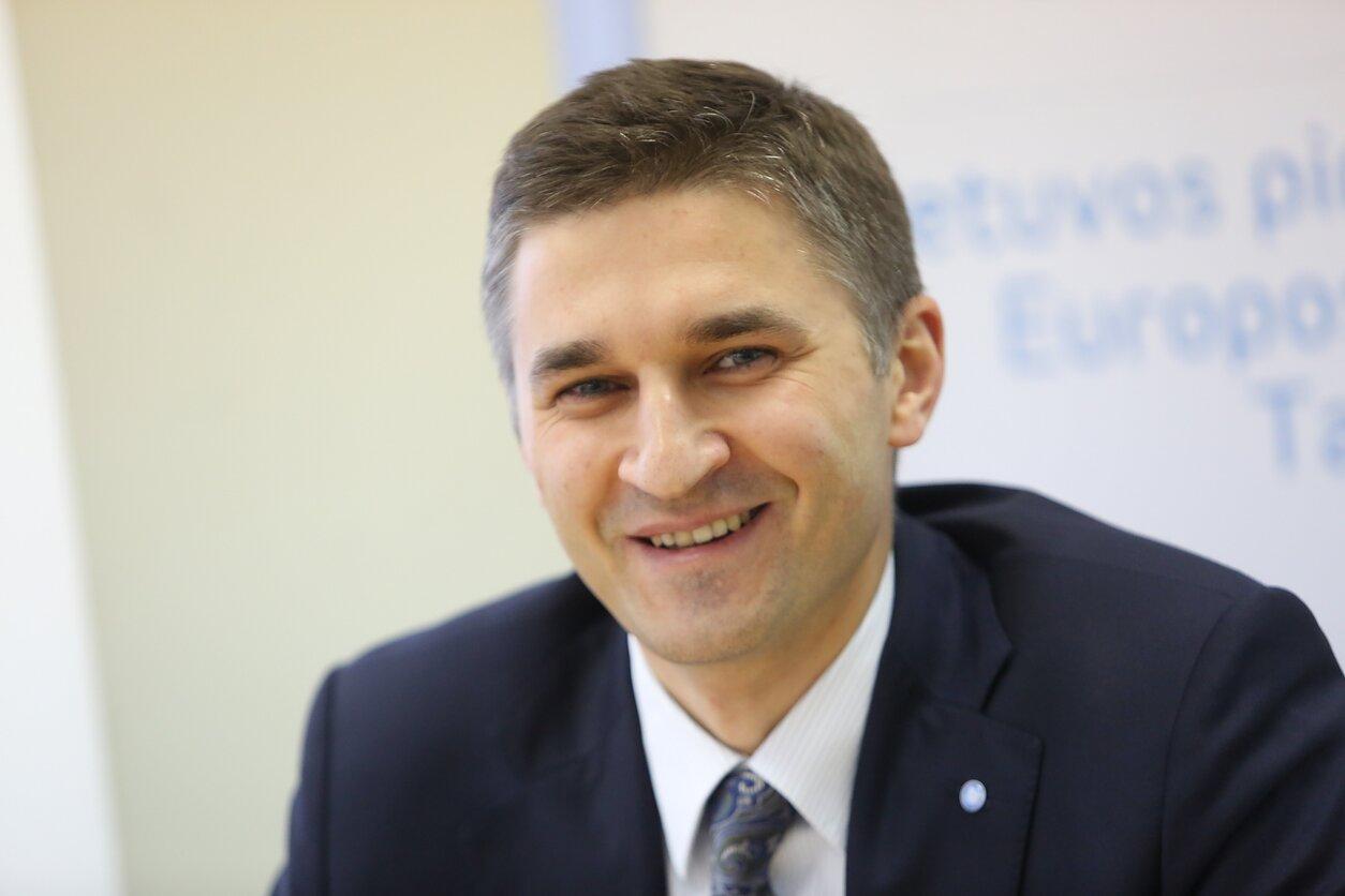 Jaroslavas Neverovičius.