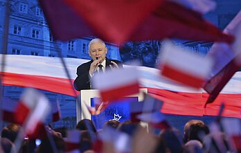 "Sources within the Law and Justice party told a Polish daily that Kaczyński didn't ""want to cause inconveniences"" for the Lithuanian side."