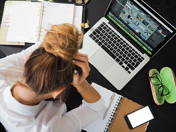 apie ligos atostogų darbą iš namų