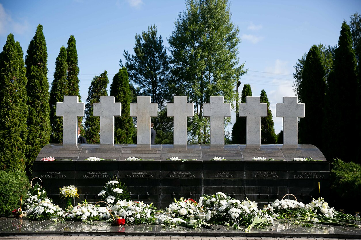 Medininkų tragedijos metinių minėjimas prie Medininkų memorialo