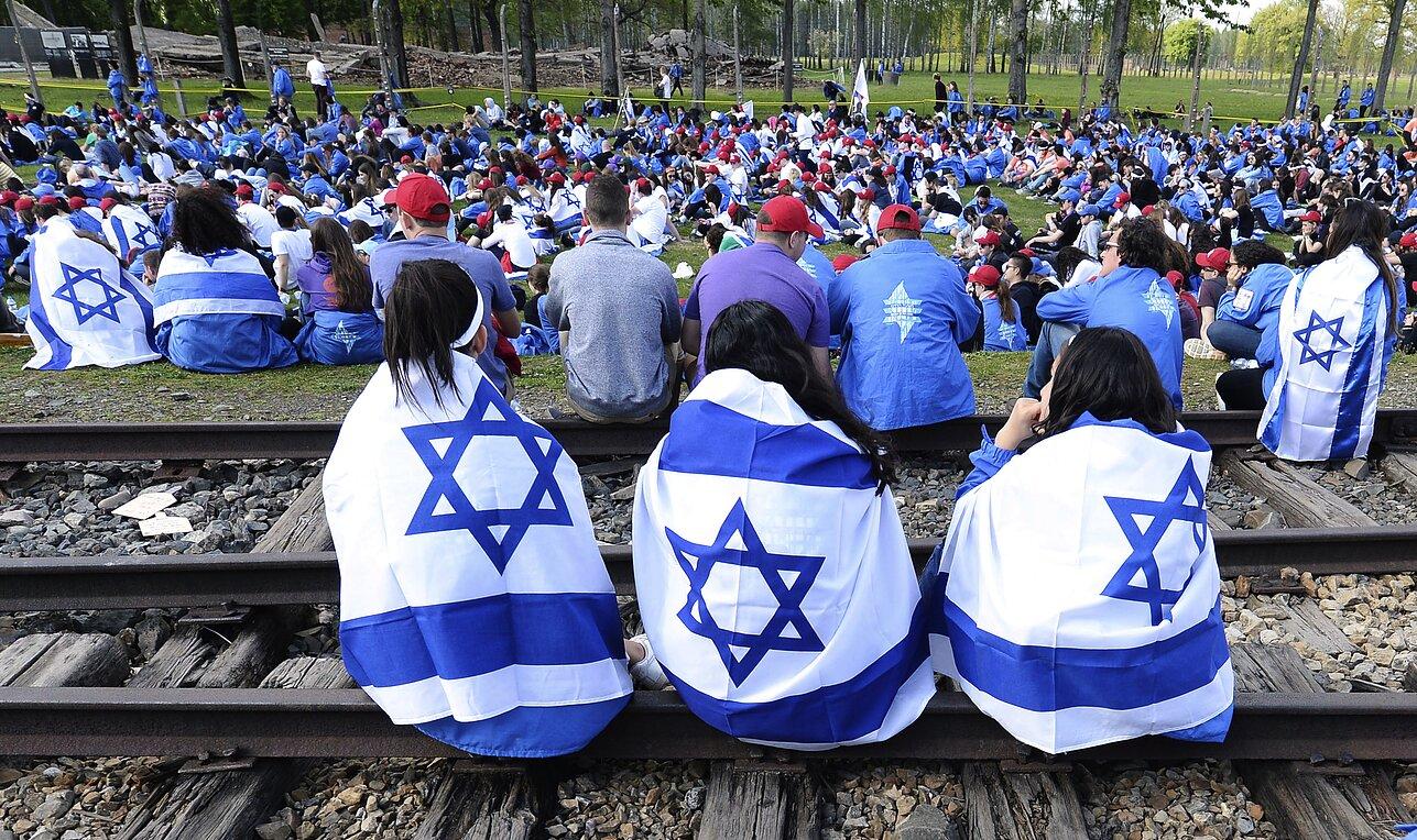 MAKE GREAT ISRAEL (NOT USA) AGAIN...