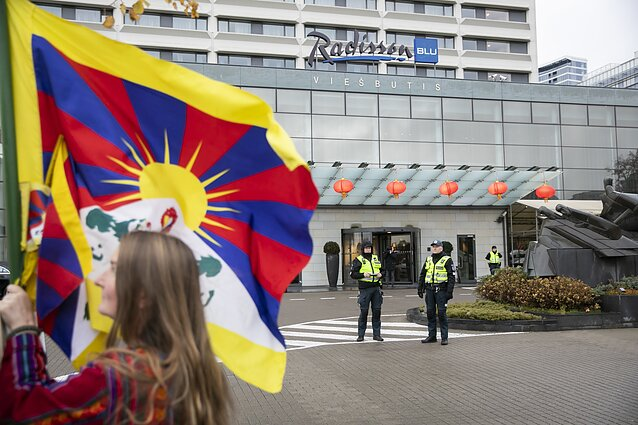 Pro-Tibet protest outside the reception organised by the Chinese Embassy