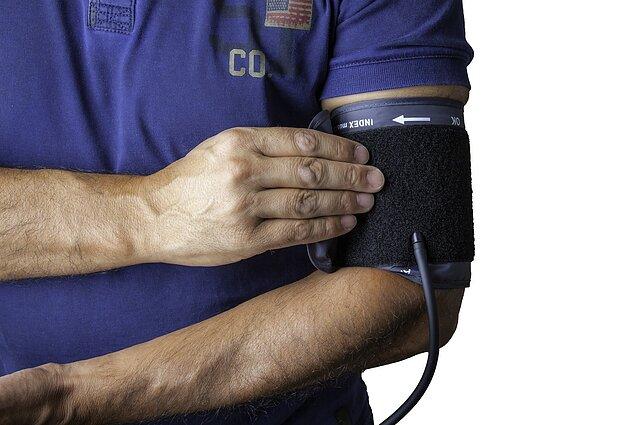 Ką reiškia kraujospūdžio matuoklio rodmenys? | rinkiskultura.lt