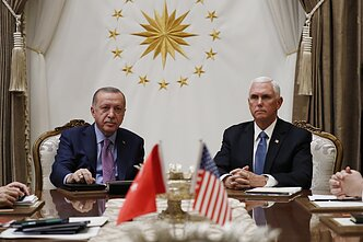 Recepas Tayyipas Erdoganas, Mike`as Pence`as