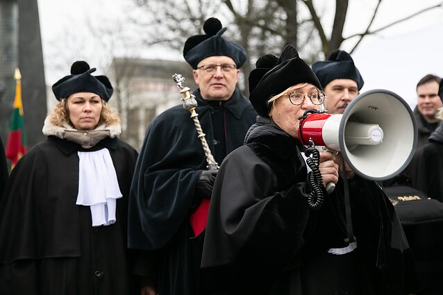 Vilnius University staff staged a rally outside the government building earlier in November
