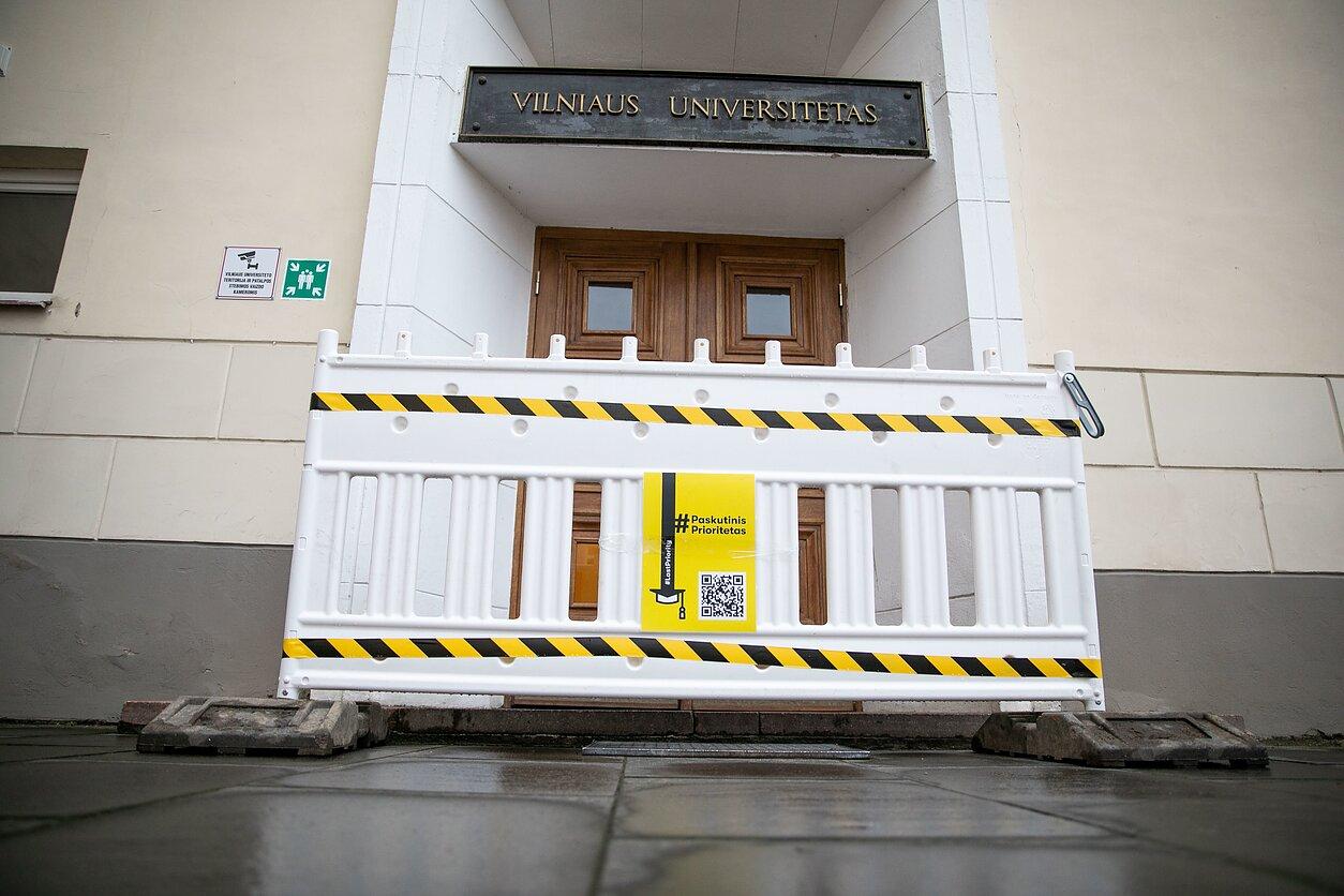 Vilniaus universitetas dviem dienoms sustabdė veiklą