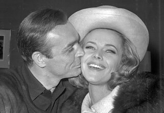 Seanas Connery ir Honor Blackman