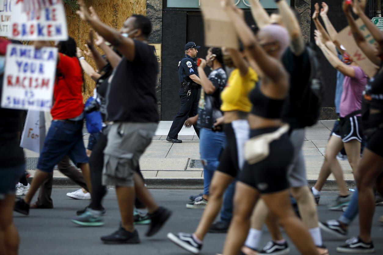 Protestai JAV dėl rasinės nelygybės