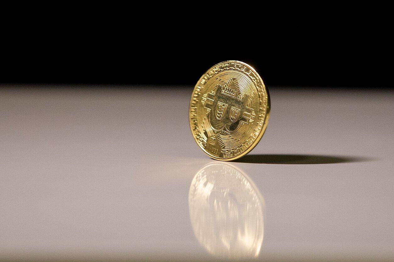 bitkoinas yra geriausia investicija kasdieninės pašto dvejetainės parinktys
