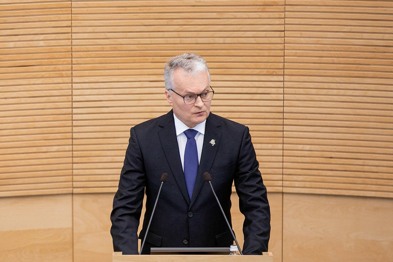 Gitanas Nausėda Seime skaito pirmąjį savo metinį pranešimą