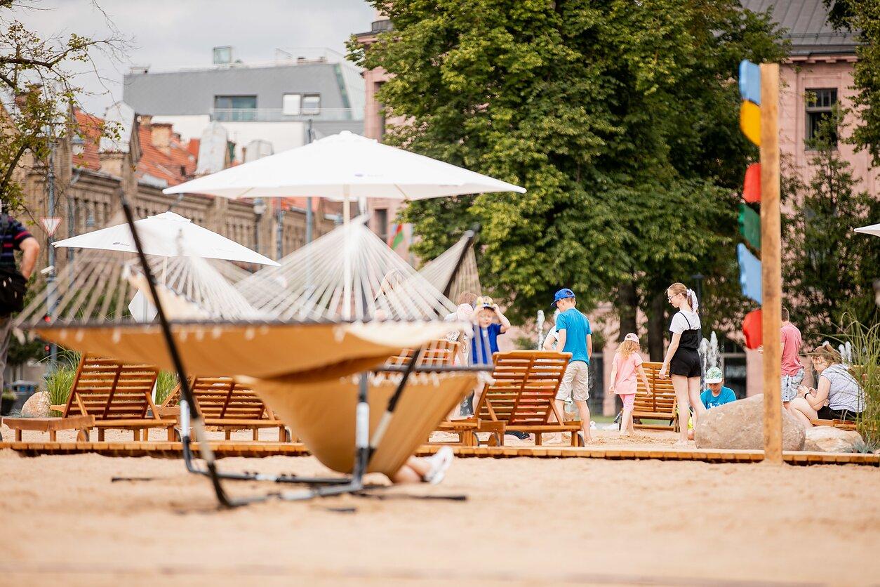 Paplūdimys Lukiškių aikštėje