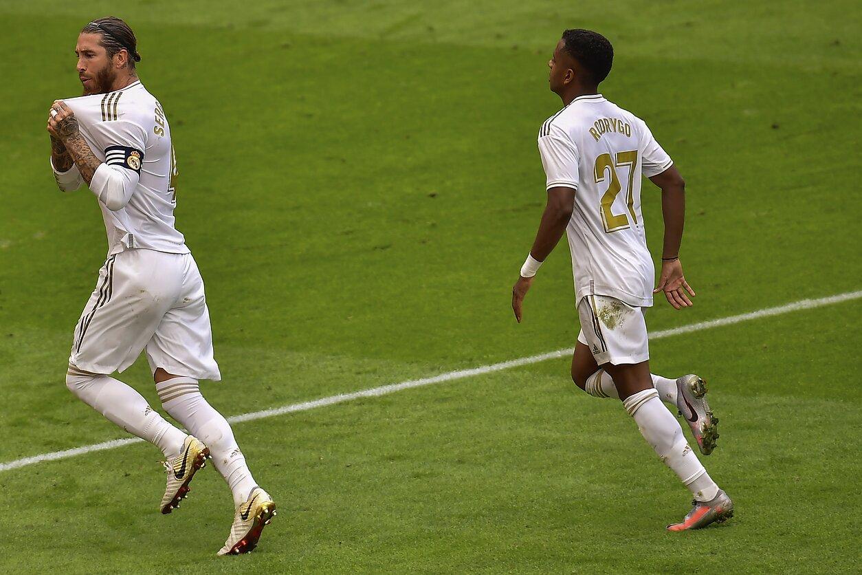 """Fantastišką seriją nuo 11 metrų žymos tęsiantis Ramosas priartino """"Real"""" prie čempionų titulo"""