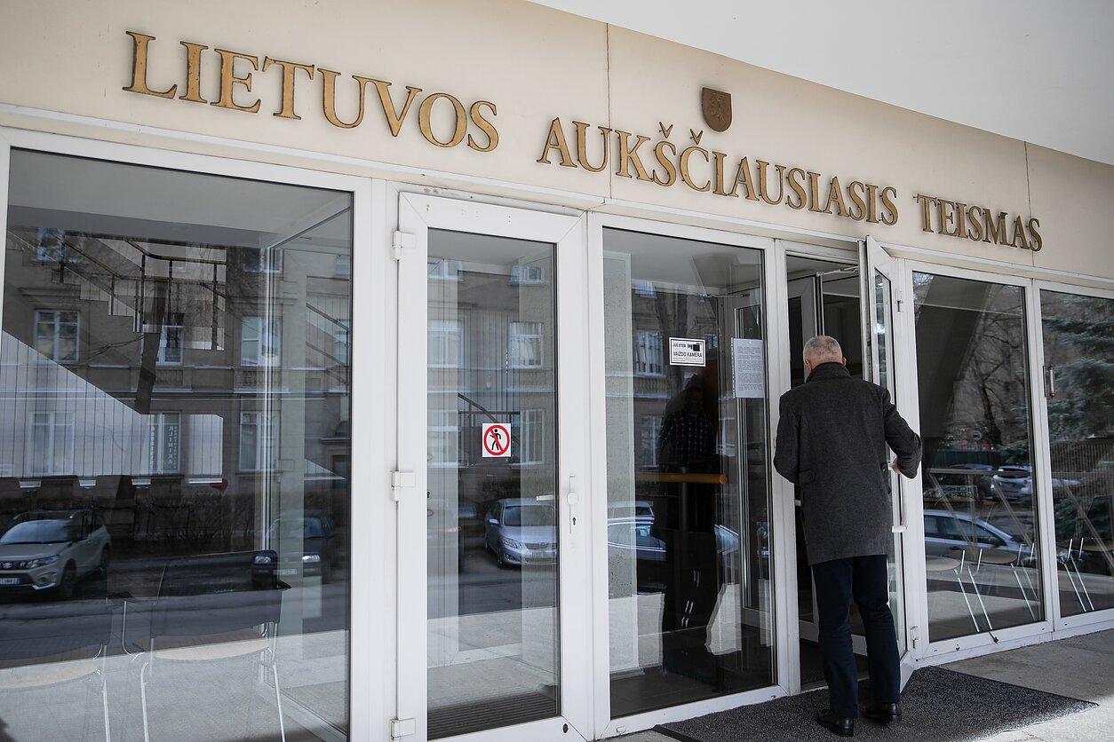 Komisija į LAT teisėjo poziciją atrinko tris geriausius pretendentus