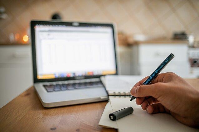 dirbti iš namų su rašikliais