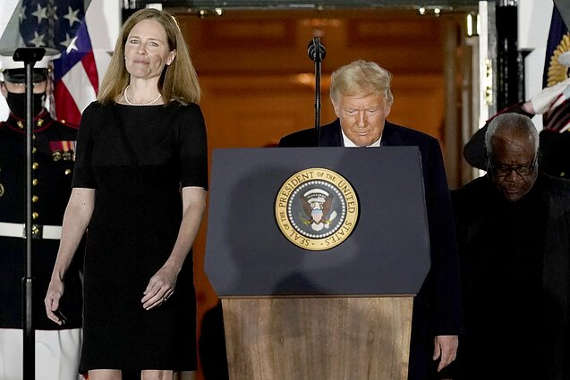Amy Coney Barrett, Donaldas Trumpas