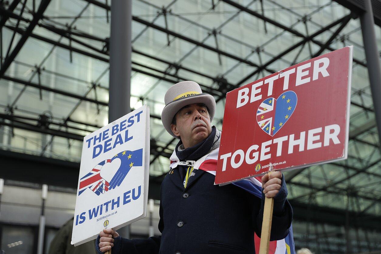 Baigiantis laikui susitarti, JK ir ES atnaujino tiesiogines derybas dėl prekybos