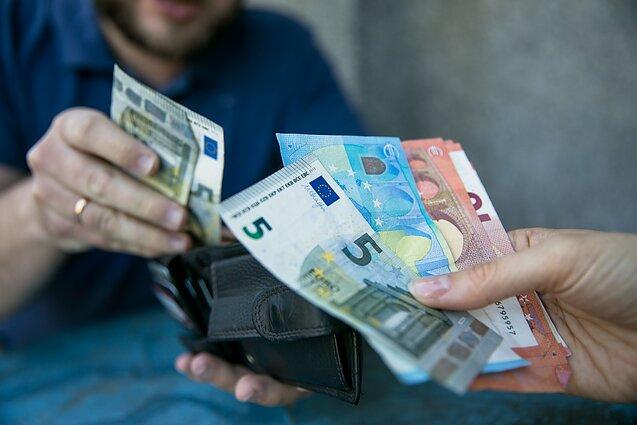 valiutos prekyba įmonėms