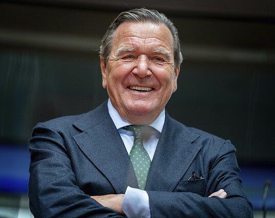 """Buvęs Vokietijos kancleris Gerhardas Schröderis, """"Nord Stream 2"""" vadovas"""