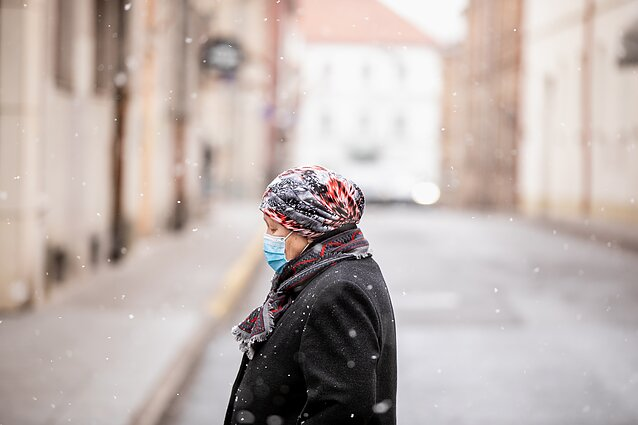 A woman with a facemask in Vilnius
