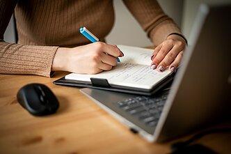 Papildomas darbas, darbas namuose skelbimai | monetupiramide.lt