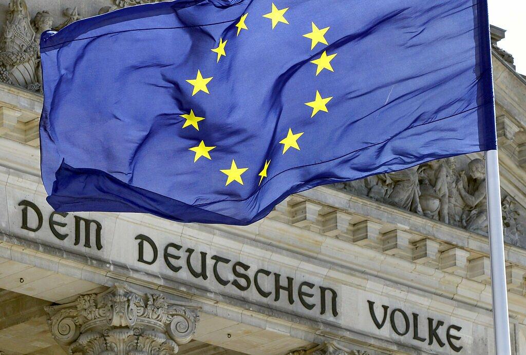 EU flag outside the German parliament, Bundestag